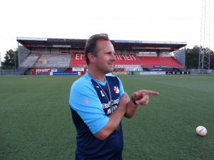 Dick Lukkien laat scheidsrechters flink in het zweet werken